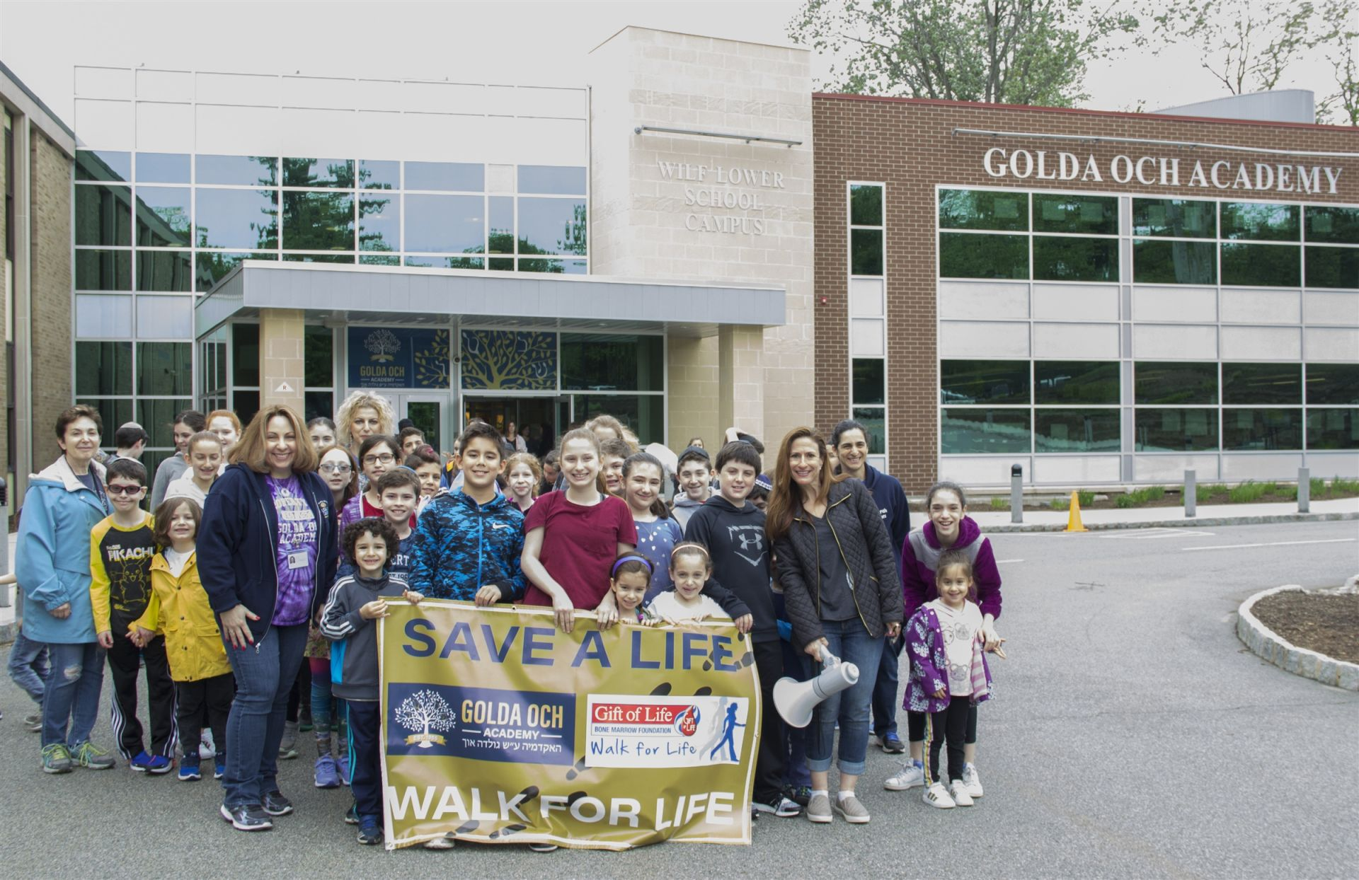 Annual Walk For Life to benefit the Gift of Life Marrow Registry.