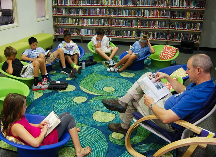 Quiet reading time in the library.