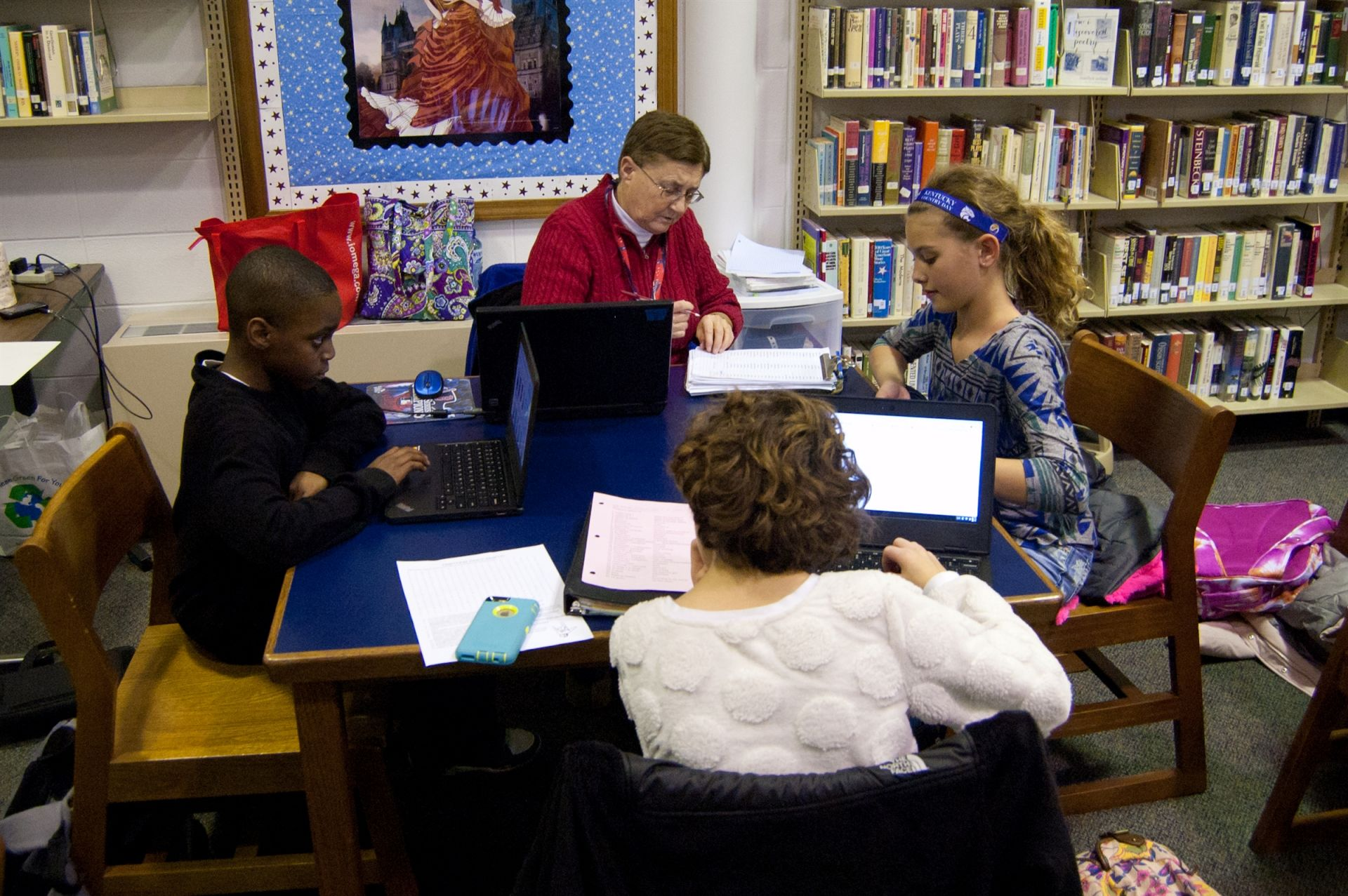 Homework Clinic helps students with homework, organization, and study skills.