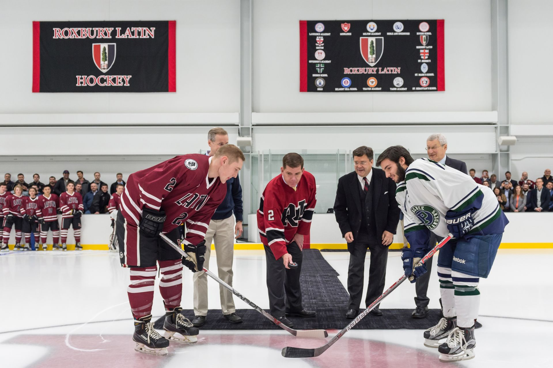 Mayor Marty Walsh drops ceremonial puck