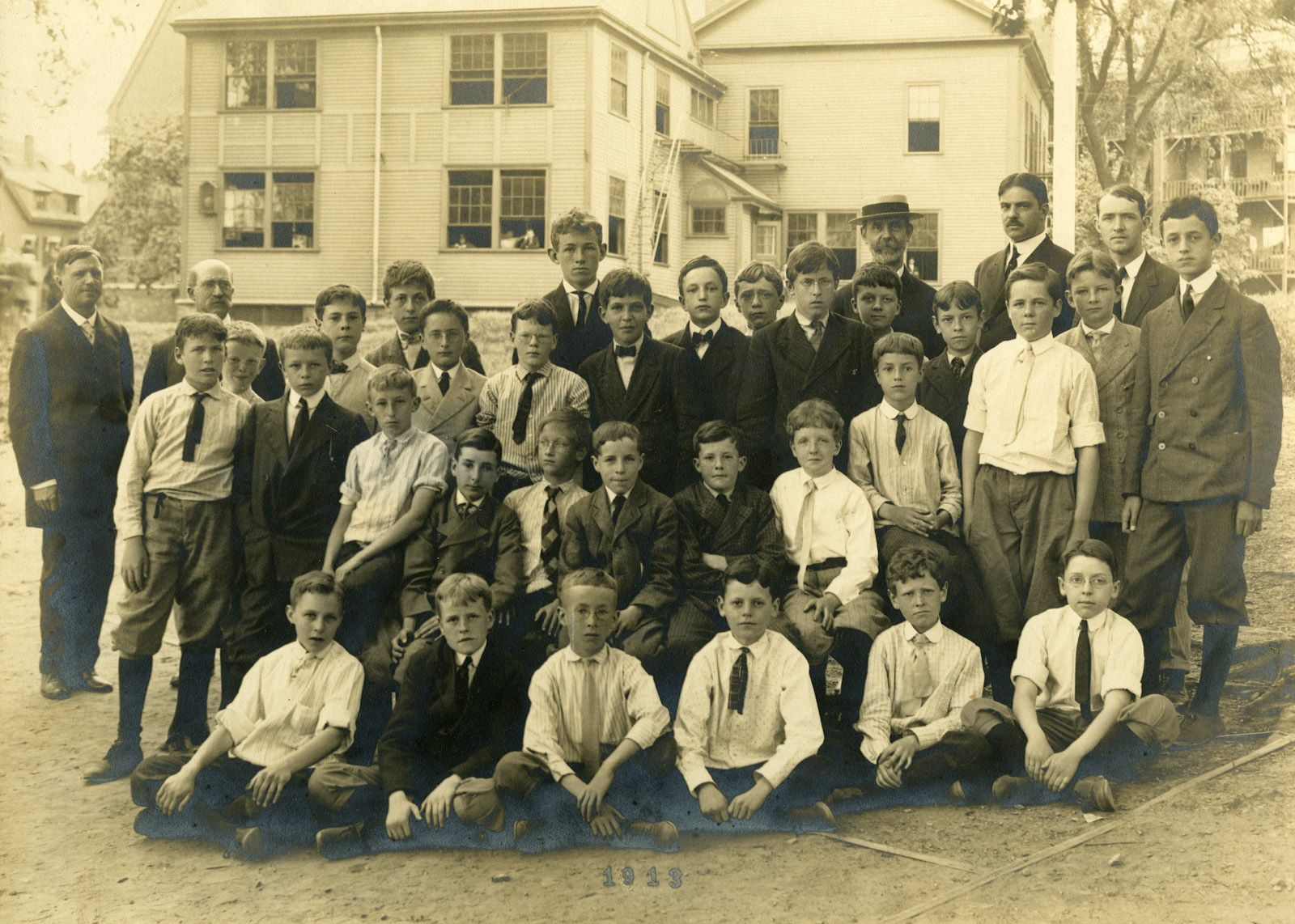Sixies in 1908 at the Kearsarge Avenue schoolhouse