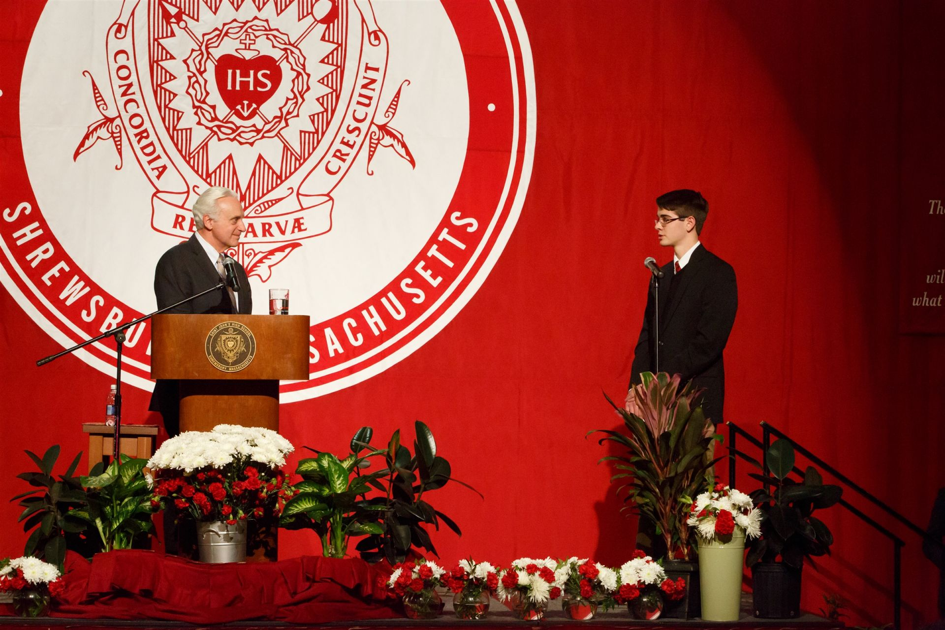 Alex Crolais '16 asks Mr. Ricciardone a question during his lecture