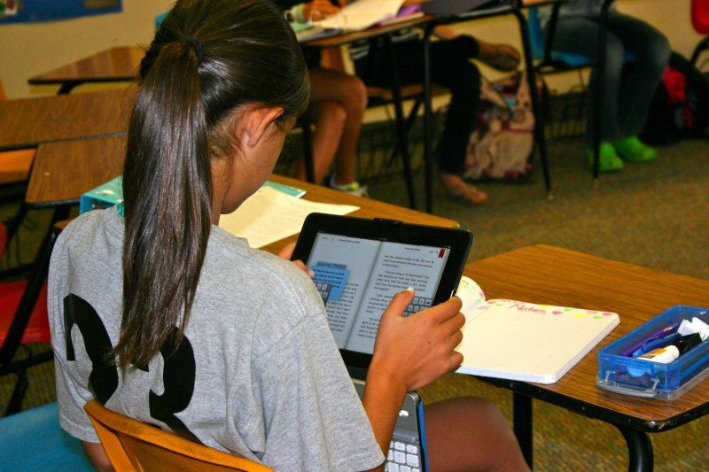 Dawson's 1:1 iPad program, enhances the way teachers are teaching and students are learning.