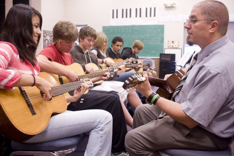 Twenty-plus club offerings provide students an opportunity to pursue a passion outside the classroom. Whether it's political action, environmental awareness, robotics, speech and debate, guitar, or chess, student-motivated options are offered each semester.