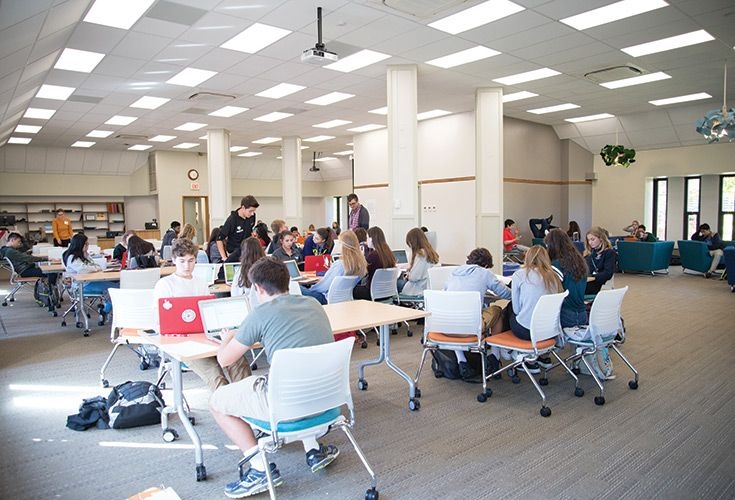 Shipley's dedication to deeply rooted learning is increasingly interdisciplinary in nature. This type of creative learning is best accomplished in flexible spaces like the recently-opened Gordon Center. The Gordon Center's carefully selected furnishings can be configured to suit a variety of group sizes. Strategically-placed technology access points and displays allow for further flexibility for teachers and students.