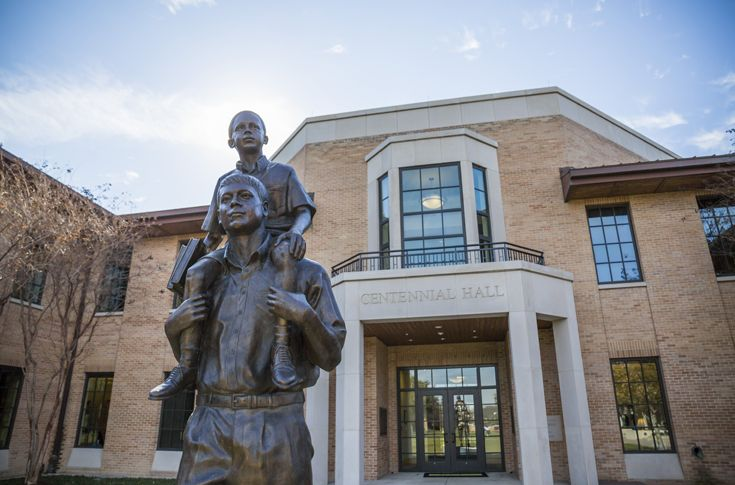 Dedicated in 2008, Centennial Hall is the primary academic and administrative building on campus. Housing the Upper and Middle School, the Headmaster's Office, a student lounge, and classrooms, Centennial is the central hub of campus life.