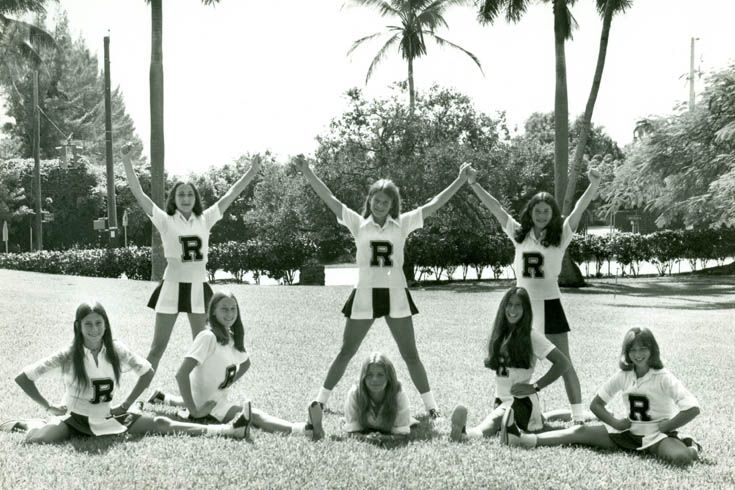 Eight Everglades Cheerleaders