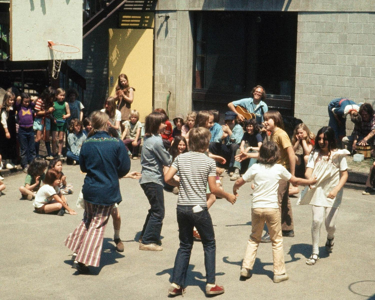 1974: Back Yard Celebration at 74R - Joe Walsh on guitar
