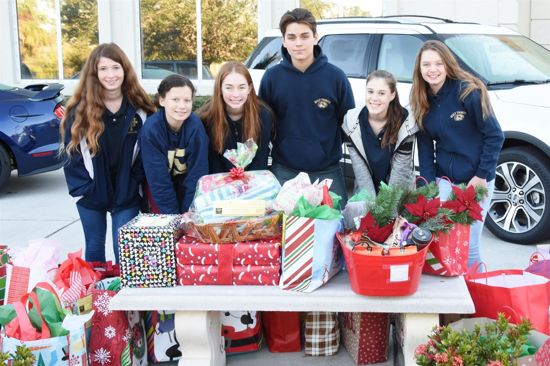 Holy Trinity National Junior Honor Society gift drive for senior citizens