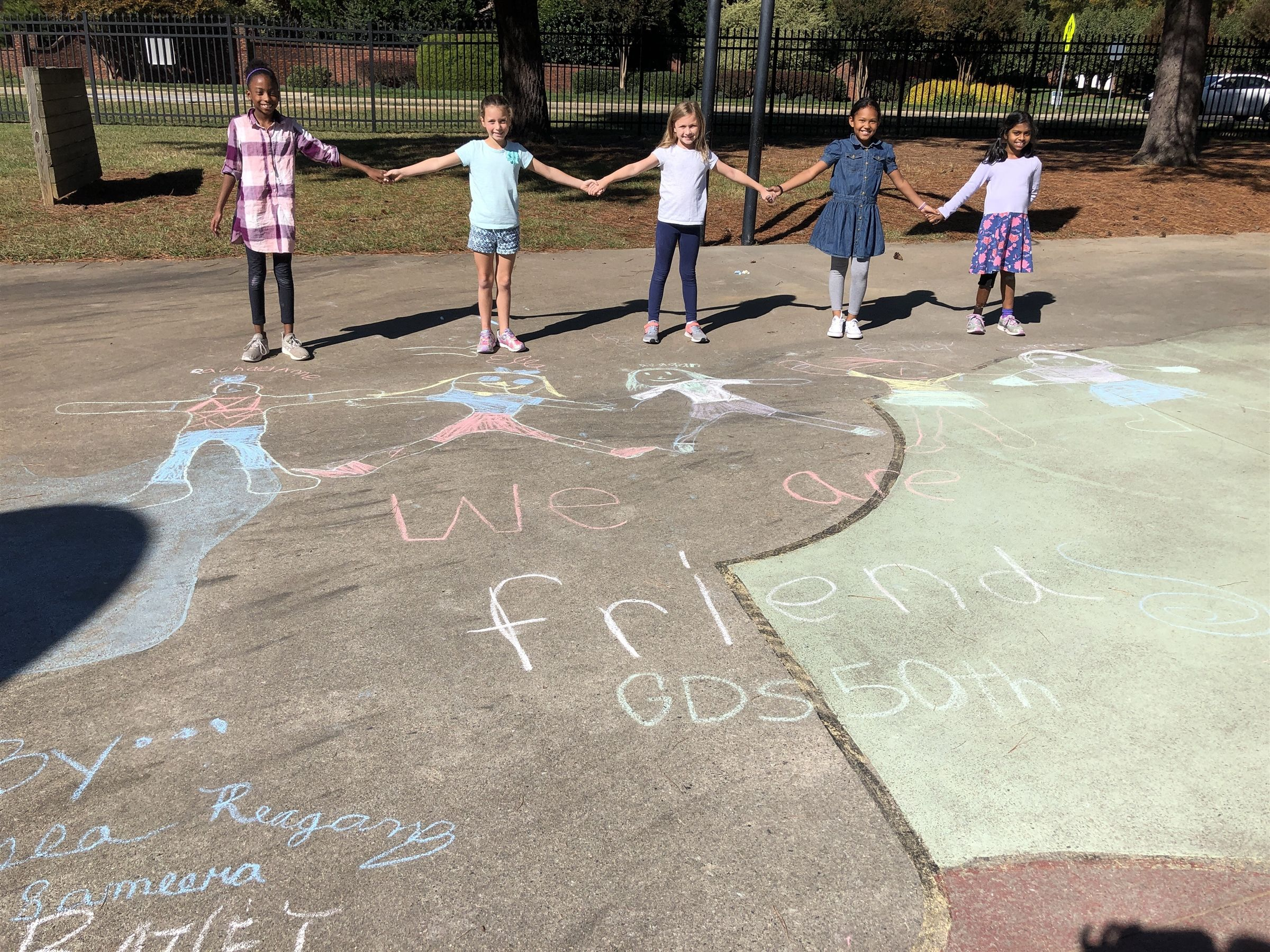 "Class  ""Class outdoors"" Collaborative  ""Lower School"" ""Early childhood"" ""Elementary school"" ""Dynamic Learning"" ""Learning community"""