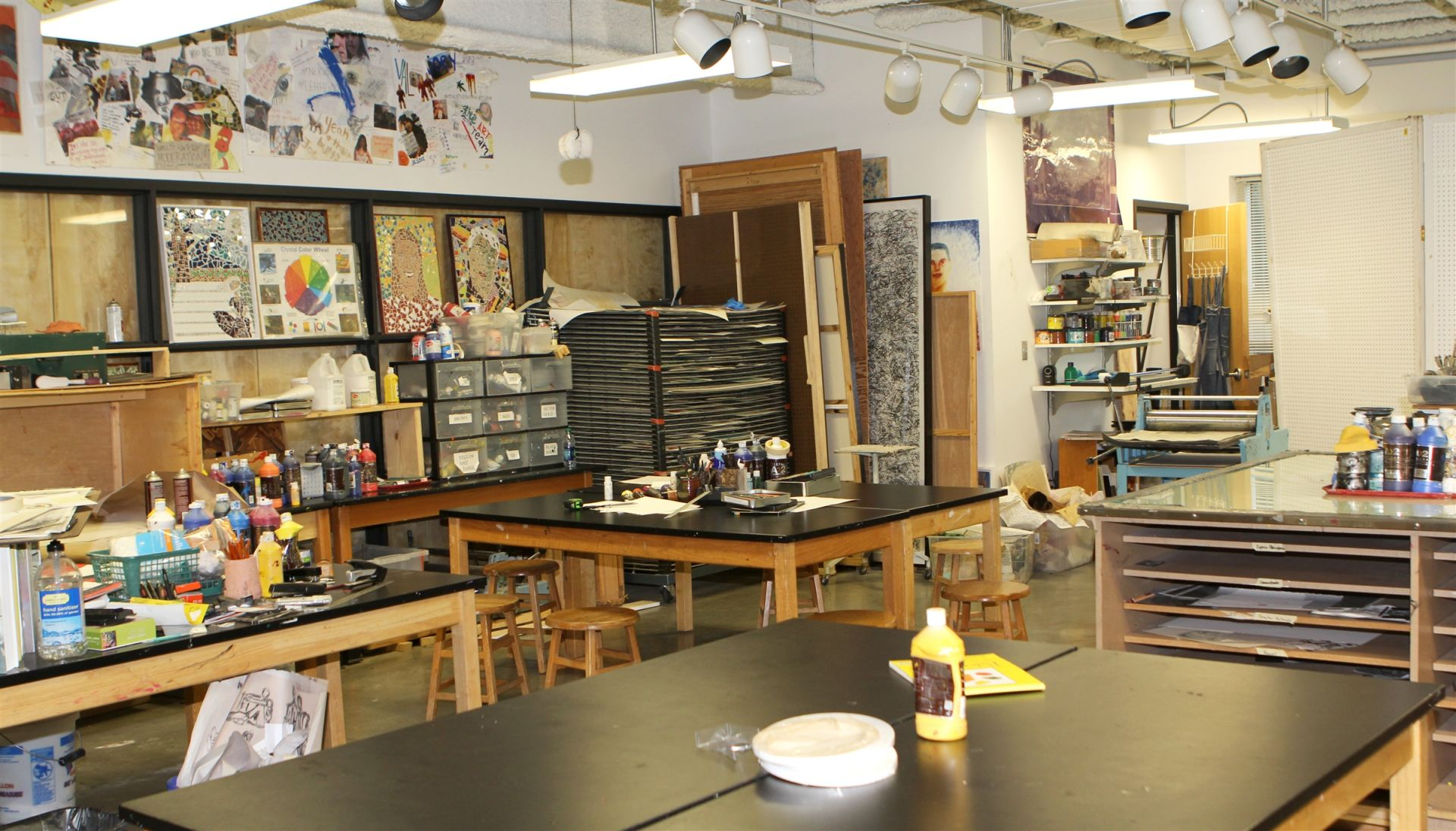 Upper School Painting/Drawing Studio