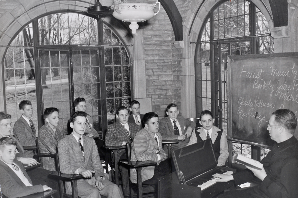 Class on the porch (now Head of School's office)