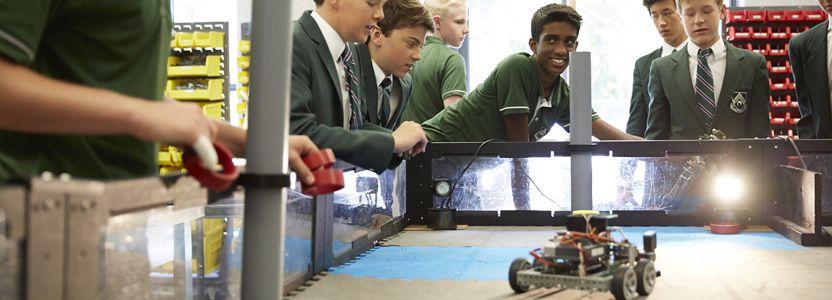 Crescent School | Building Character Through Robotics at