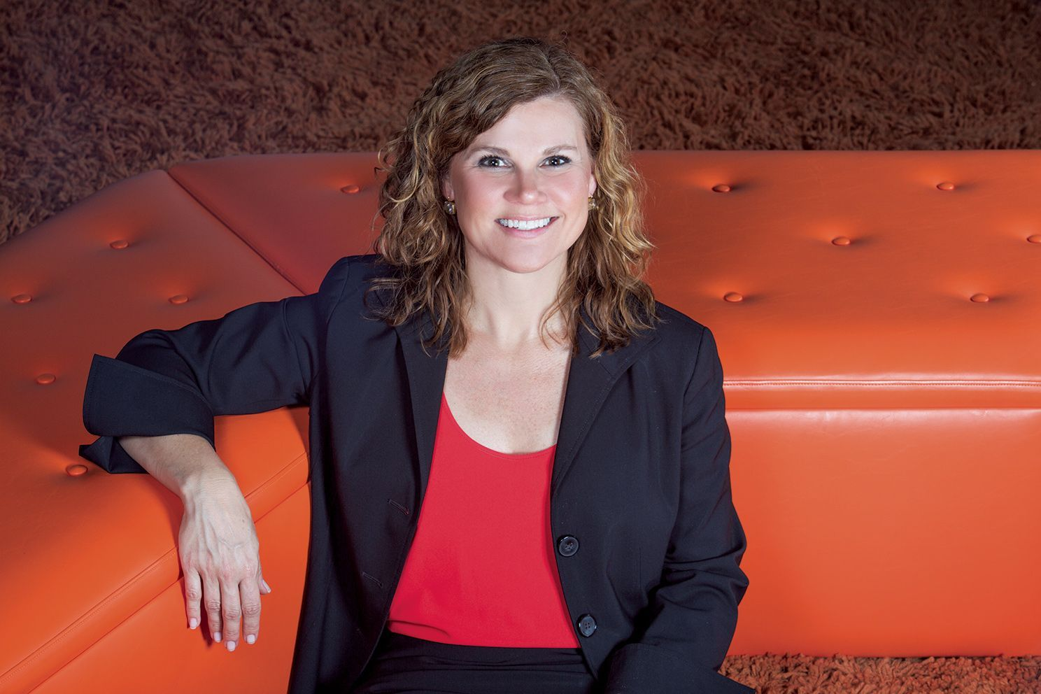 "When Ellen Gannaway Lail '84 meets with a Fortune 100 client, chances are she will be the only woman in the room. As Regional Sales Director at Pure Storage, a data storage company, Lail has managed to succeed in a competitive, male-dominated industry. <br> <br><a class=""button"" href=""https://www.hutchisonschool.org/page/alumnae-news-detail?pk=1014414"">Read Her Story</a>"
