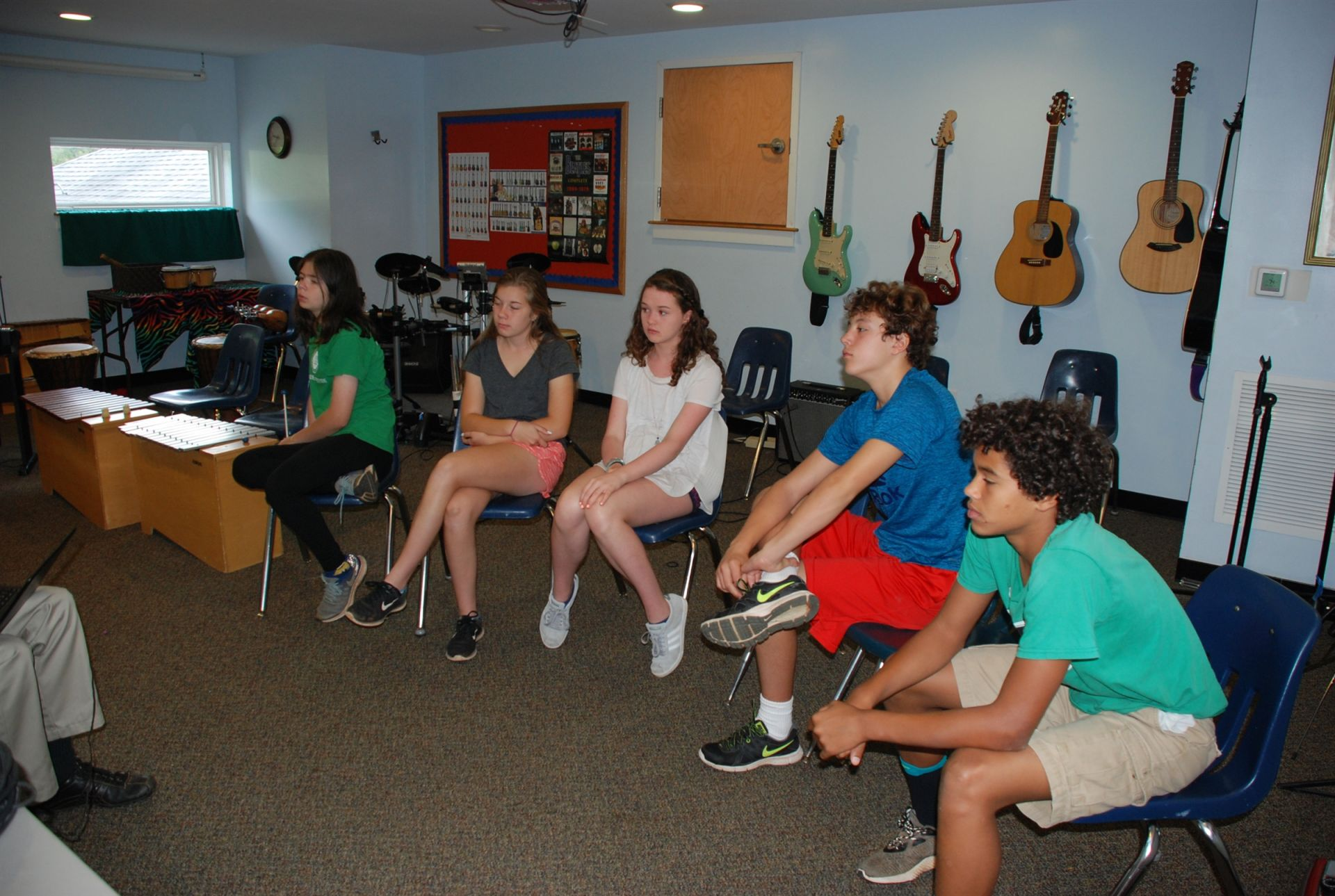 8th learns about Medieval music