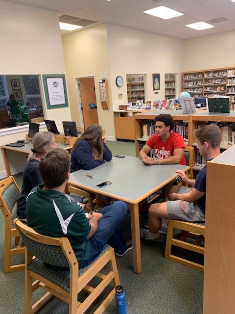 Seniors focus on projects and college process
