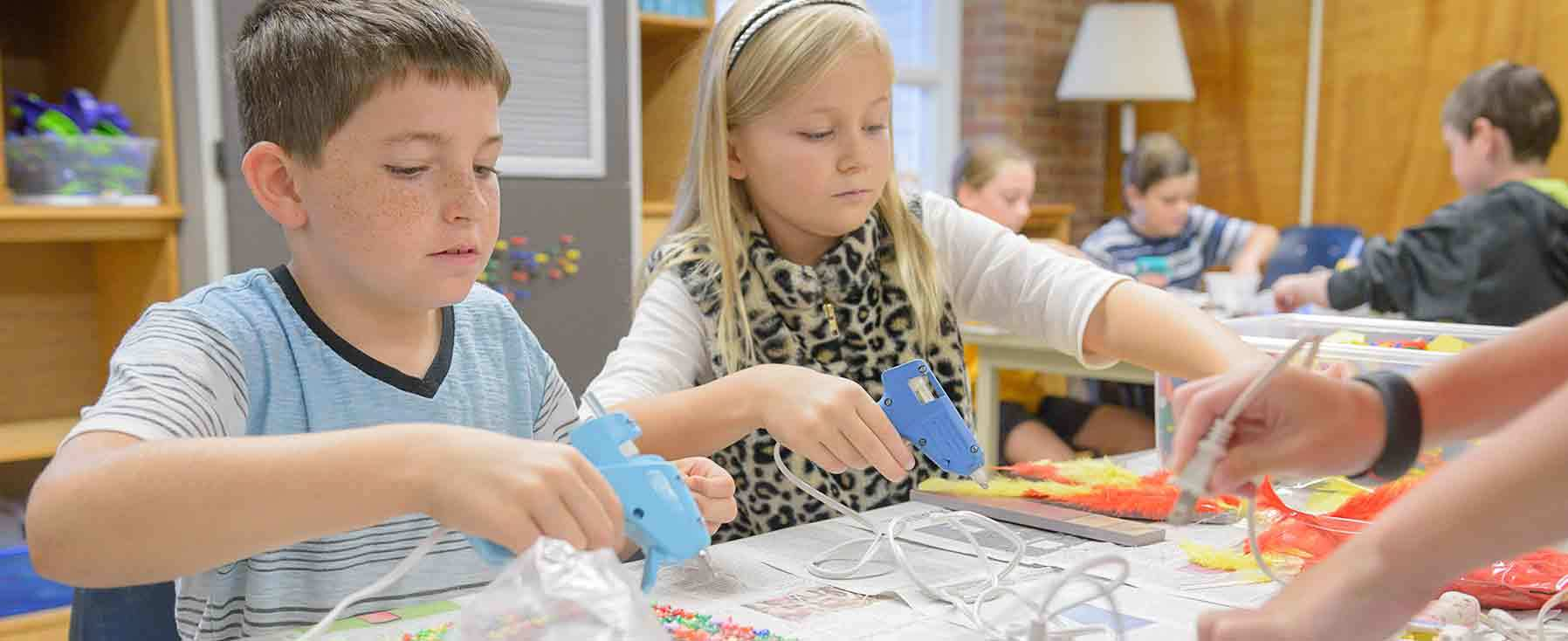 Inspired by the makerspace movement, Tatnall's Lower School Tinker Lab encourages hands-on experimentation, engineering and discovery. In the TinkerLab, students have created a number of innovative projects including BrushBots made out of toothbrushes and catapults made using popsicle sticks and plastic spoons.