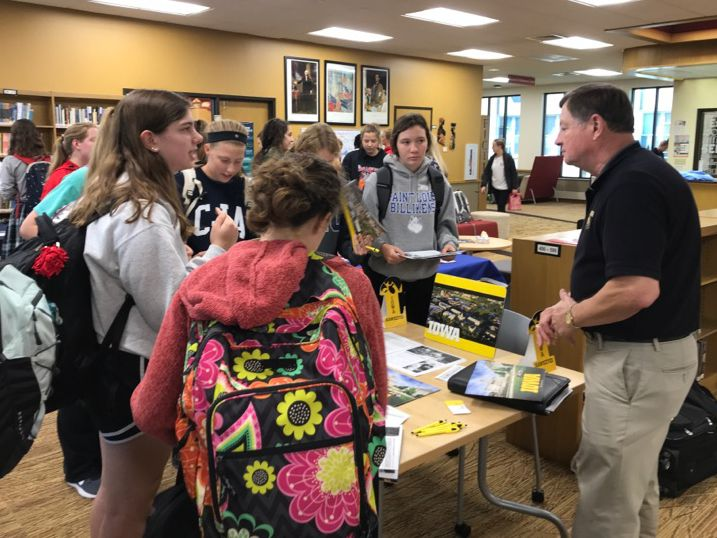 Cor Jesu students ask questions during a college rep visit