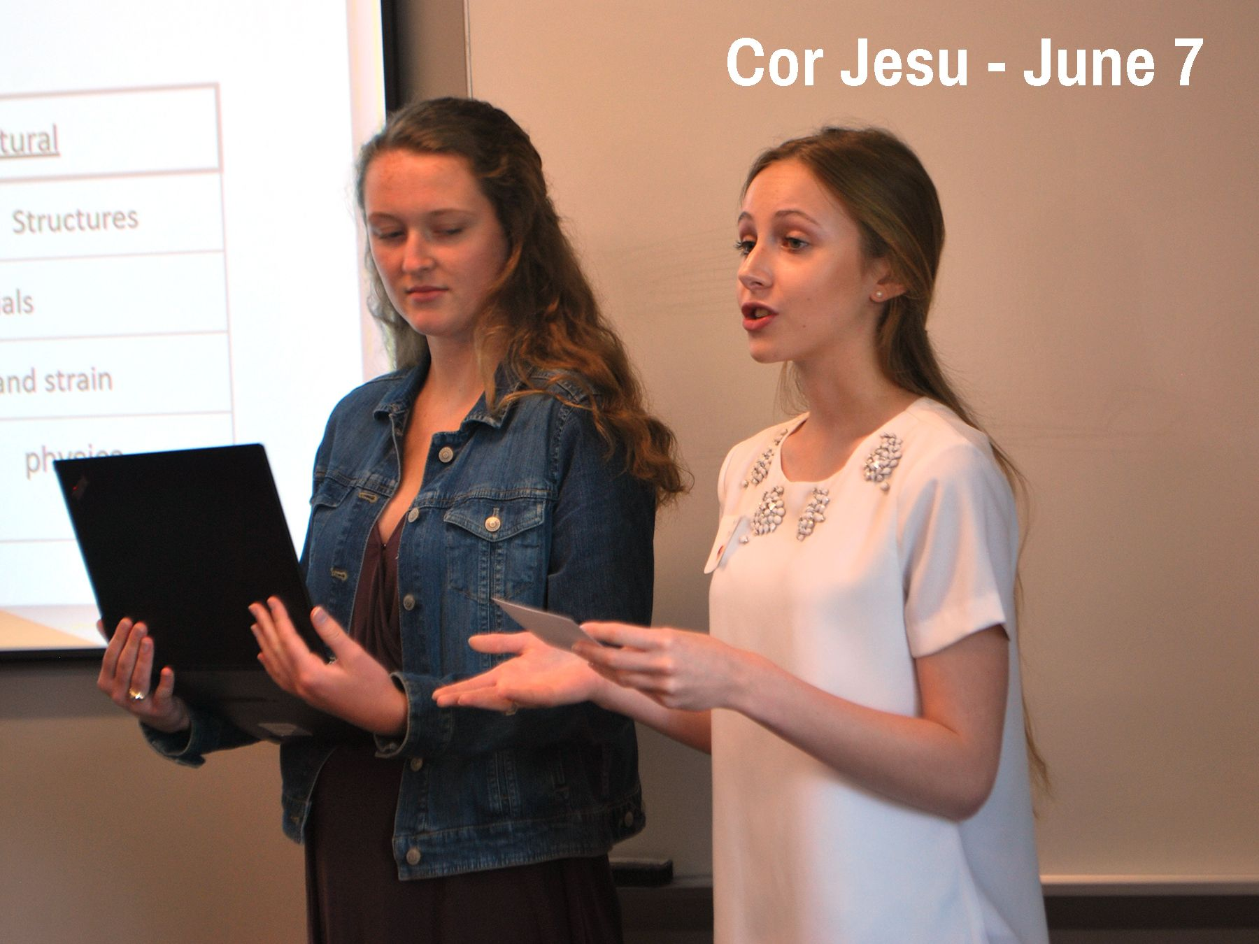 Cor Jesu students present their findings