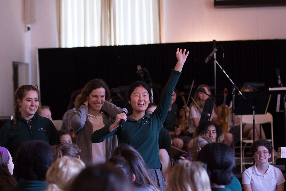 Community Connections are town-hall-style assemblies run by students to encourage inquiry on a deeper level. Students meet to explore topics pertaining to their local and global communities. Guest speakers, multimedia presentations, and even musical performances are all staples of these weekly assemblies. Immediately after the assembly, students break into smaller advisories to continue the conversation.