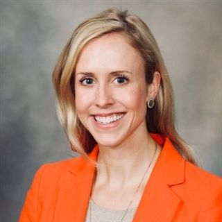 Alumna Melissa Lyle '05 has completed her fellowship in Advanced Heart Failure and Transplant Cardiology at Emory University. She will continue her career as a Heart Failure Cardiologist at the Mayo Clinic in Jacksonville, Fla.