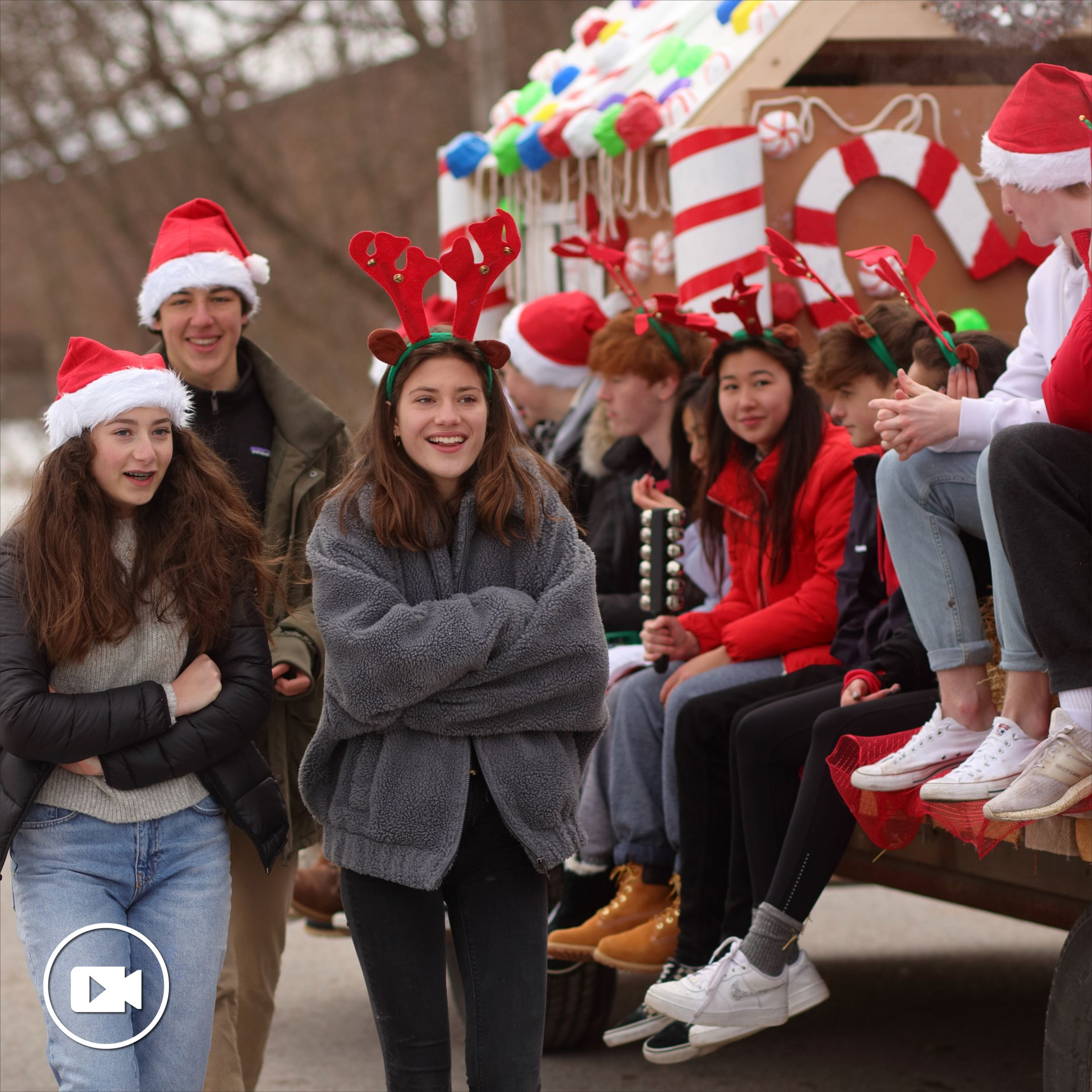 Grade 10 Santa Claus Parade Float