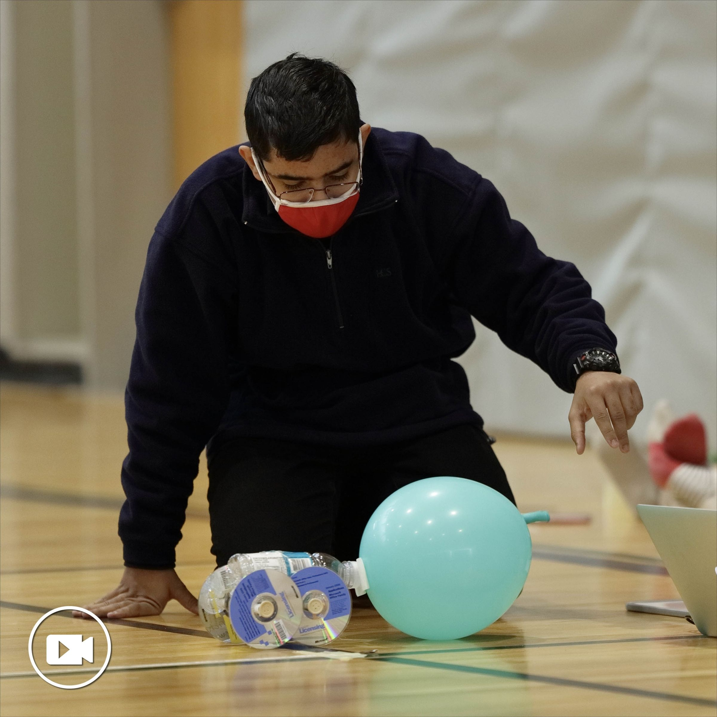 LCS Physics Students Build Balloon-Powered Cars
