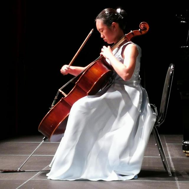 Cellist Constance L. '21 in concert