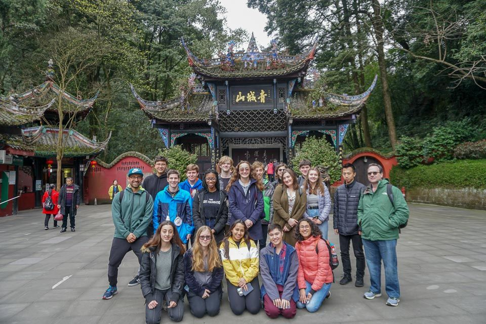 e31a101fe3a5 Spring Break Trip Offers Insights Into Chinese Life and Culture