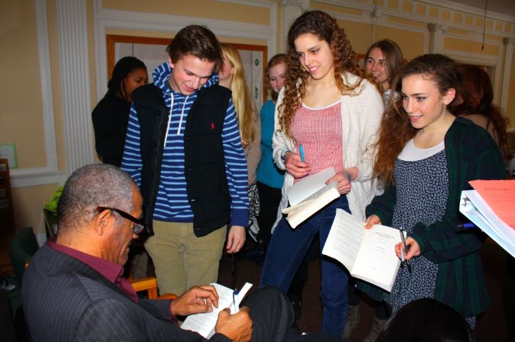 Students meet with Lee Stringer, author of Grand Central Winter