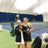 Hackley's first NYSAIS doubles champions Sadie Nipon '21 and Maya Miller '22.