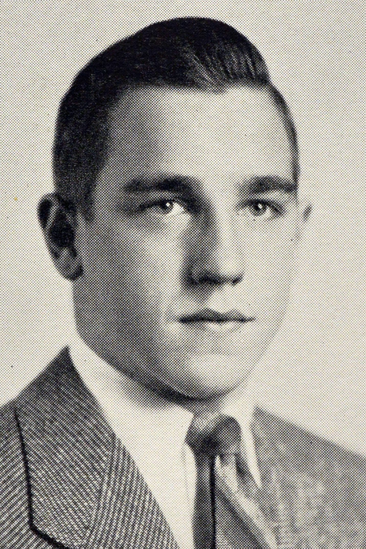 Henry D. Waters '48
