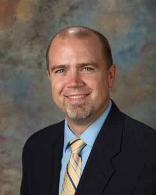 Photo of Dr. Rob Brown