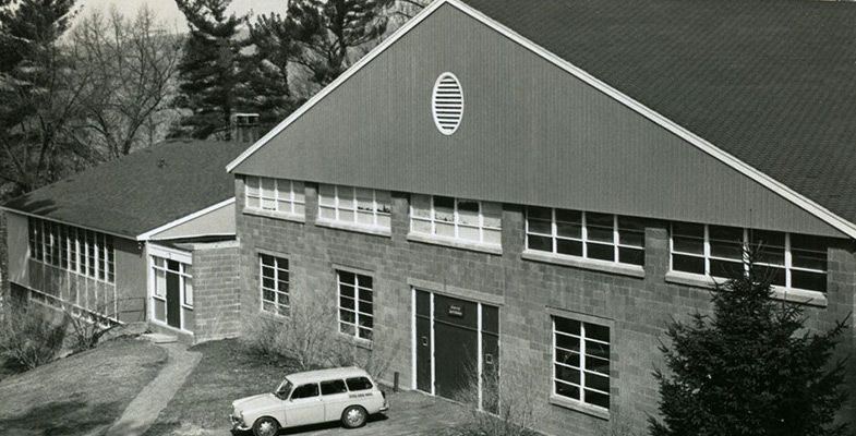 First built in 1952 as a field house for basketball and rainy day activities, the Sports Center now houses a basketball court, six squash courts, a wrestling room, the Ramon and Laura Neme Lounge, ski team rooms, a rifle range, and locker rooms.