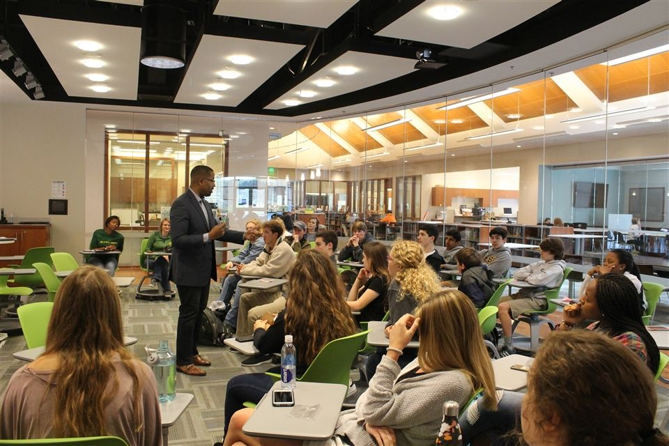 Dr. Corey Walker, Vice President and Dean of the Samuel DeWitt Proctor School of Theology at Virginia Union University, spoke with several classes of Upper Schoolers on issues related to human connectedness.