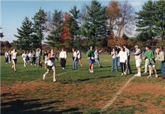 Carter Hamill Backus '01 in the final straightaway of the 1999 VISAA cross country championship meet.