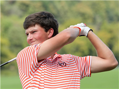 Connor Johnson '18 scored a4-under 68 in the final round, including six birdies.