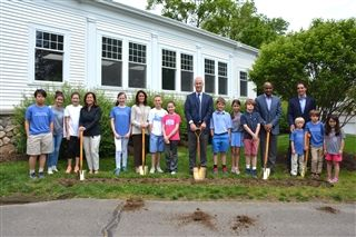Country School Breaks Ground on New Dining Hall