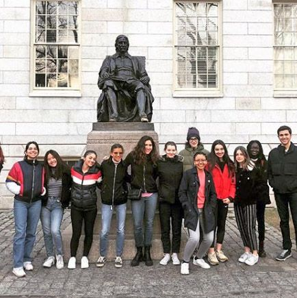 Students Tour New England Colleges
