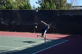 b29059d03ee9 Alumni and Tennis Pro Clay Thompson Makes Guest Appearance at Varsity Tennis  Match