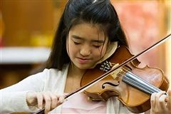 Crossroads junior Amy Sze, a student in the School's EMMI program, performed Sept. 30 at Carnegie Hall in New York City.