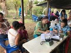 Dr. Alissa (Diehl) Camden '93 and Taya Kunz (Class of '23) work at a rural medical clinic in Sán Ramon, Nicaragua.