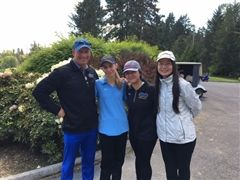 Coach Mike Givens with Abby Givens, Yoon Ji Kim and Minyi Jiang