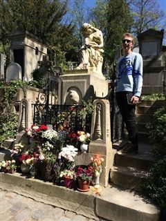 Axel on his solo, visiting the famous Père Lachaise Cemetery and saying hello to his idol, Frédéric Chopin.