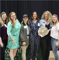 The Class of 2010 with their Reunion Giving Award, Reunion 2019
