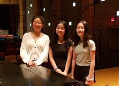 From left: Eleanor Lee '21, Mayu Nakano '23, Courtney Chen '23 (Photo/Hye-Sook Jung)