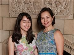 Ruby Bugarin '89 and her daughter, Sofia Martinez '19