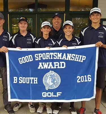 Golf Team Earns South B Sportsmanship Award & Qualifies for Team State Championship