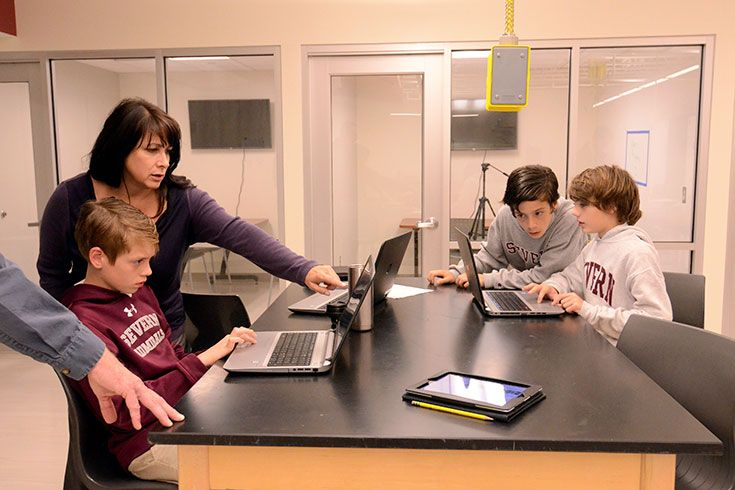 Severn Studens work in the Graw Innovation Center to design arboretum style signs for trees on campus using Tinkercad software.