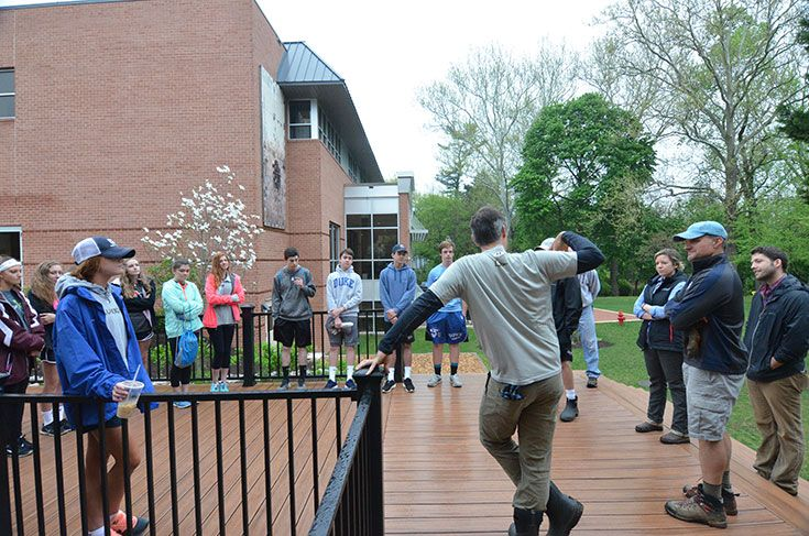 Severn students, families and faculty gather to prepare for our Earth Day planting in the Stine Environmental Center
